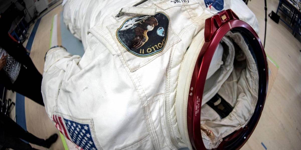La inevitable desintegración del traje del astronauta Neil Armstrong