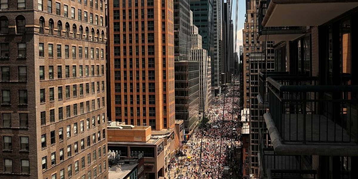 3 millones de personas toman las calles de Manhattan en parada de orgullo gay