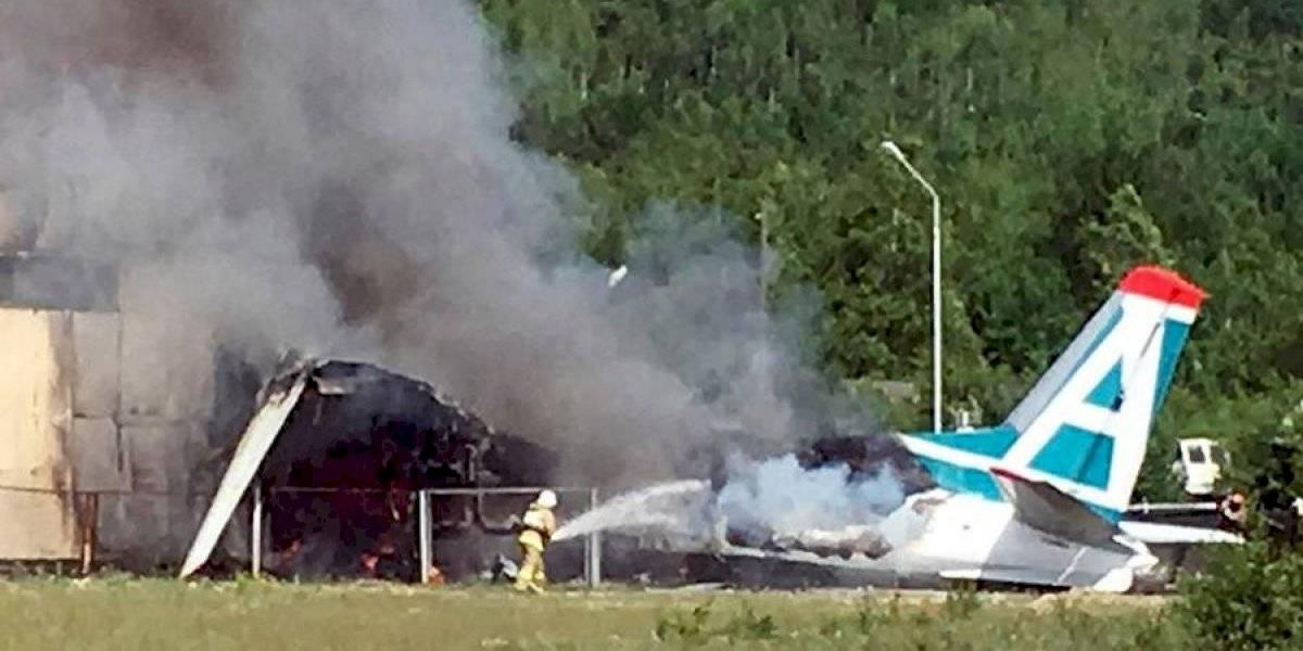 VIDEO. Mueren 10 personas al estrellarse un avión en Texas