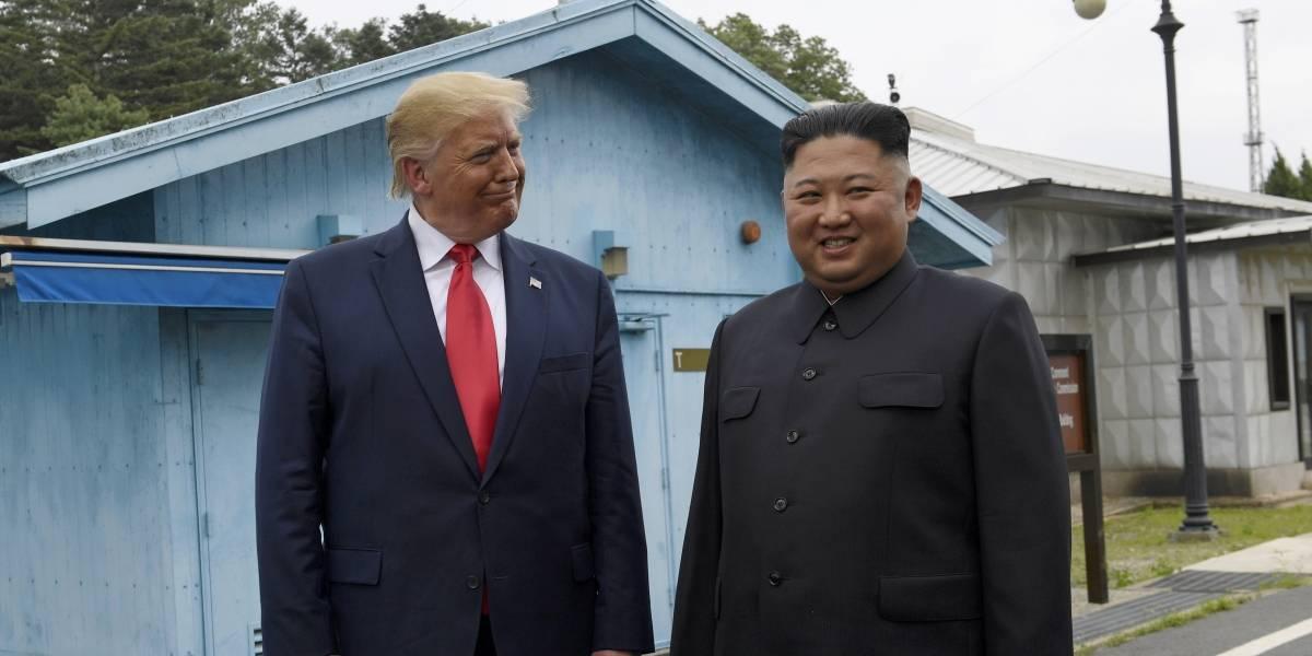 Trump es el primer presidente de EEUU que pisa Corea del Norte: así fue la espontánea cita que tuvo con Kim Jong-un