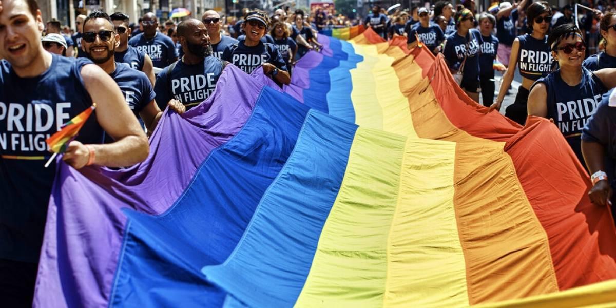 La fiesta de arcoíris recorre las calles de Nueva York