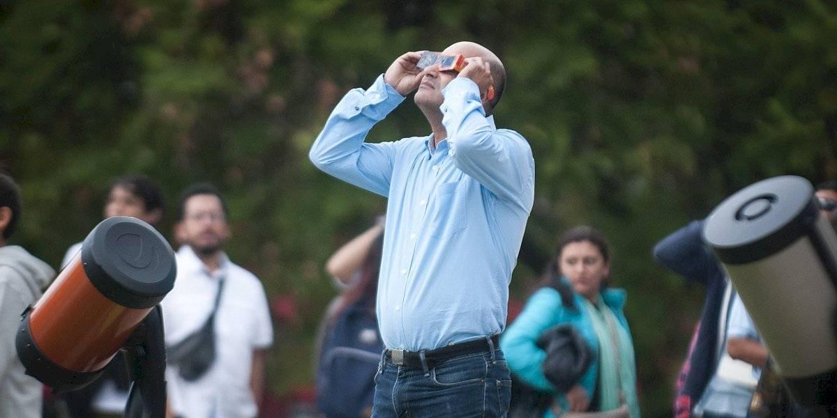 Locura por el eclipse: servicios móviles podrían colapsar el día martes en Atacama y Coquimbo