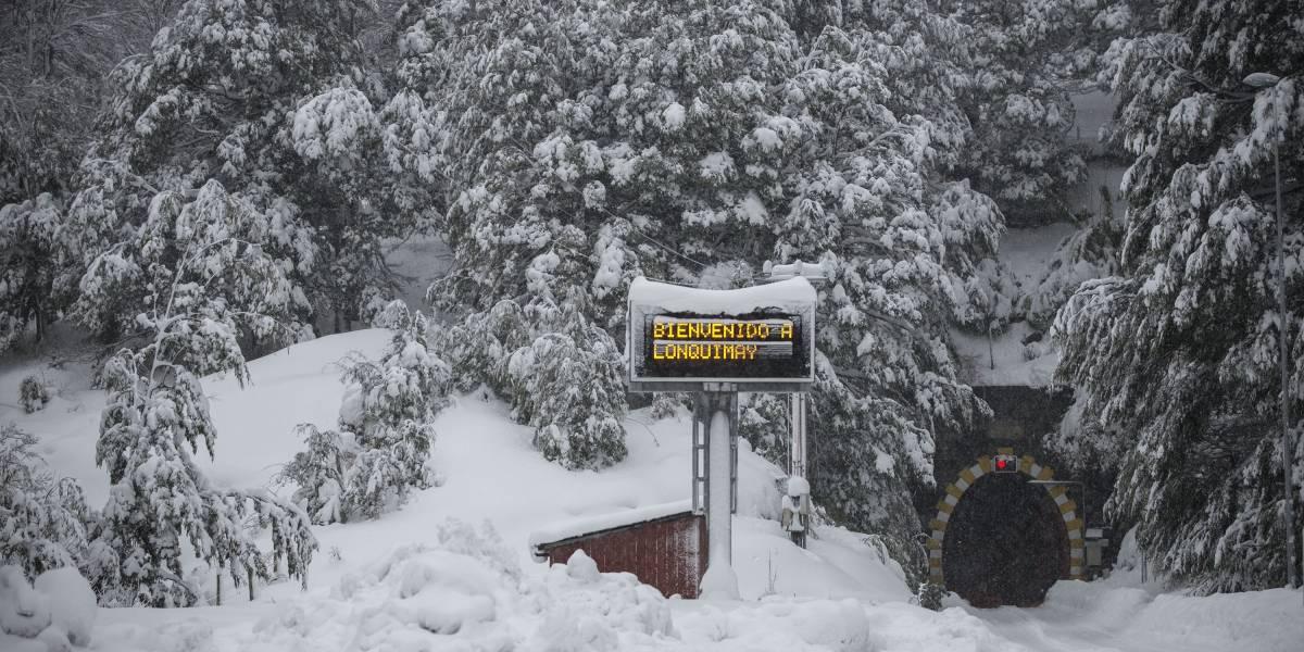Alerta por temporal en el sur: 999 familias aisladas en Lonquimay por caminos nevados