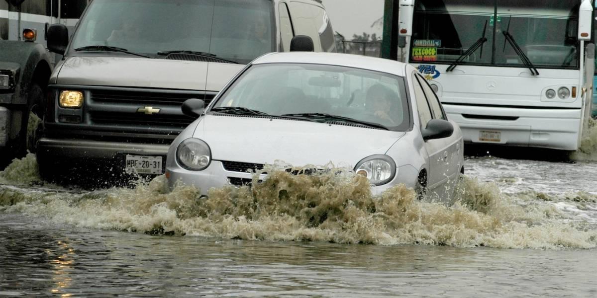 Tips financieros para proteger tu auto contra lluvias e inundaciones