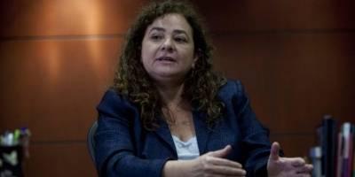 Claudia Paz y Paz critica a Consuelo Porras por anunciar existencia de orden de captura internacional contra Thelma Aldana.