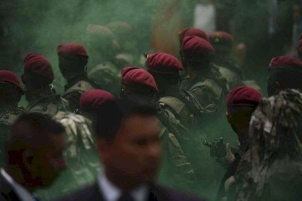 Kaibiles marchan por el Día del Ejército. Foto: Edwin Bercián