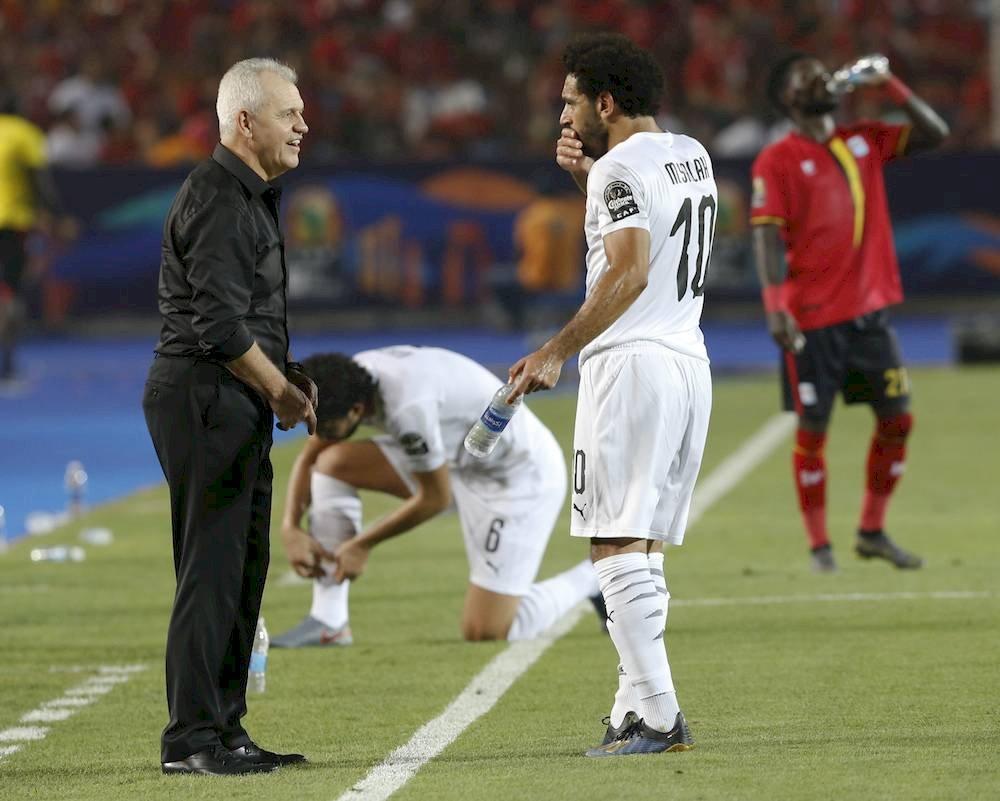 Aguirre y Mohamed Salah han hecho una buena mancuerna. / AP