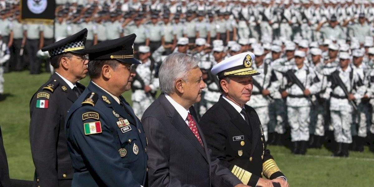 AMLO pide a la Guardia Nacional actuar con dedicación y a fondo