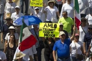 Marcha contra AMLO