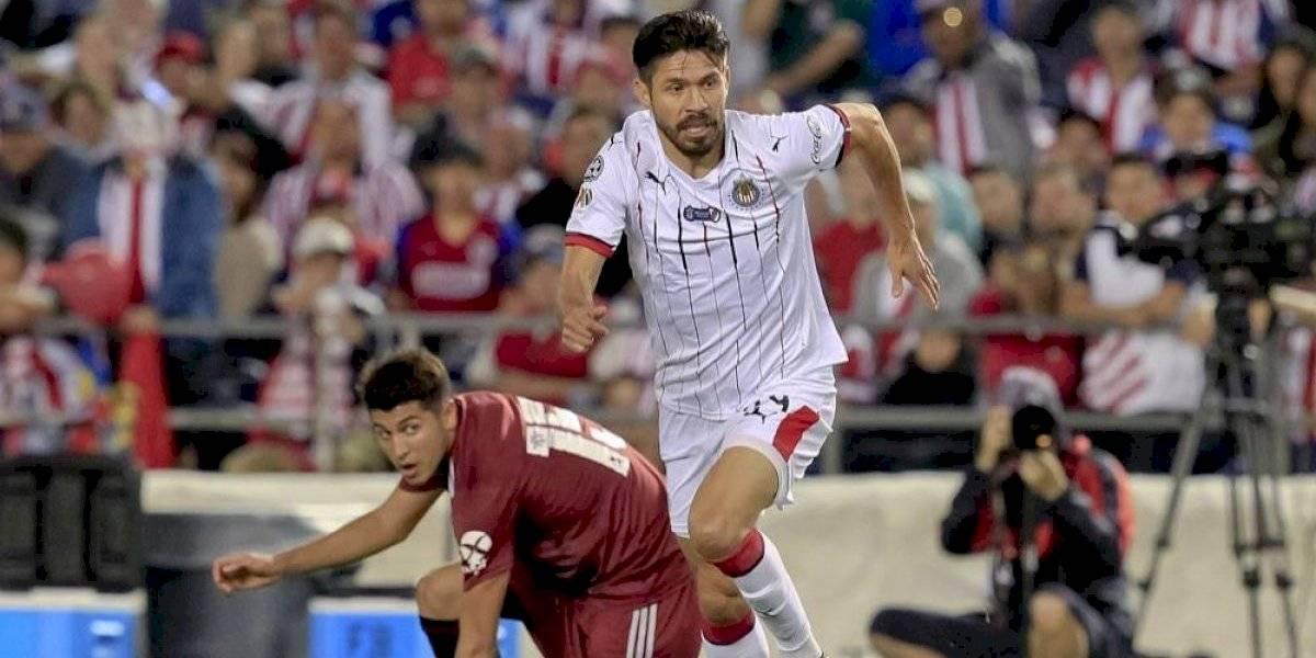 Tres metas de Oribe Peralta con Chivas