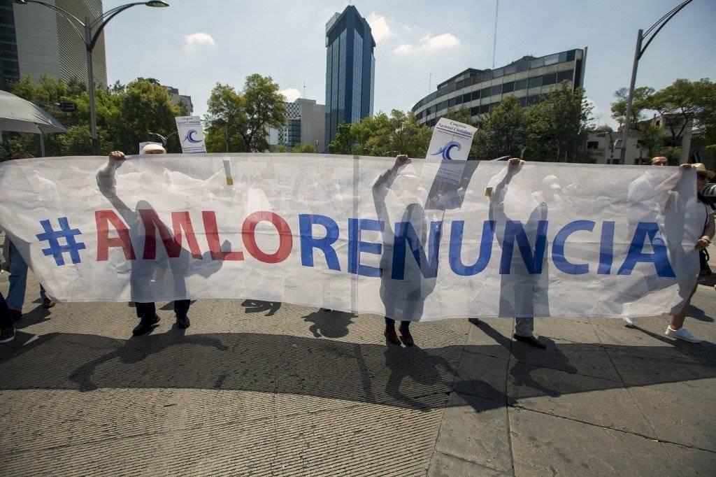 Protestan contra López Obrador en México