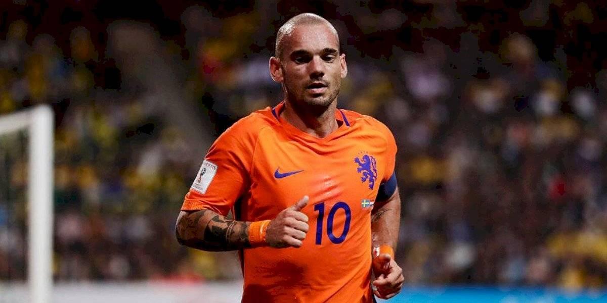 Detienen a holandés Wesley Sneijder por causar daños bajo los efectos del alcohol