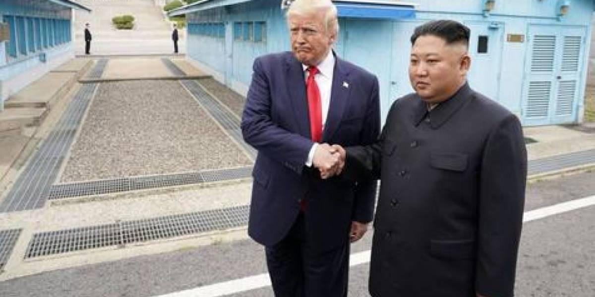 Trump y Kim, juntos y sin ataques en Corea