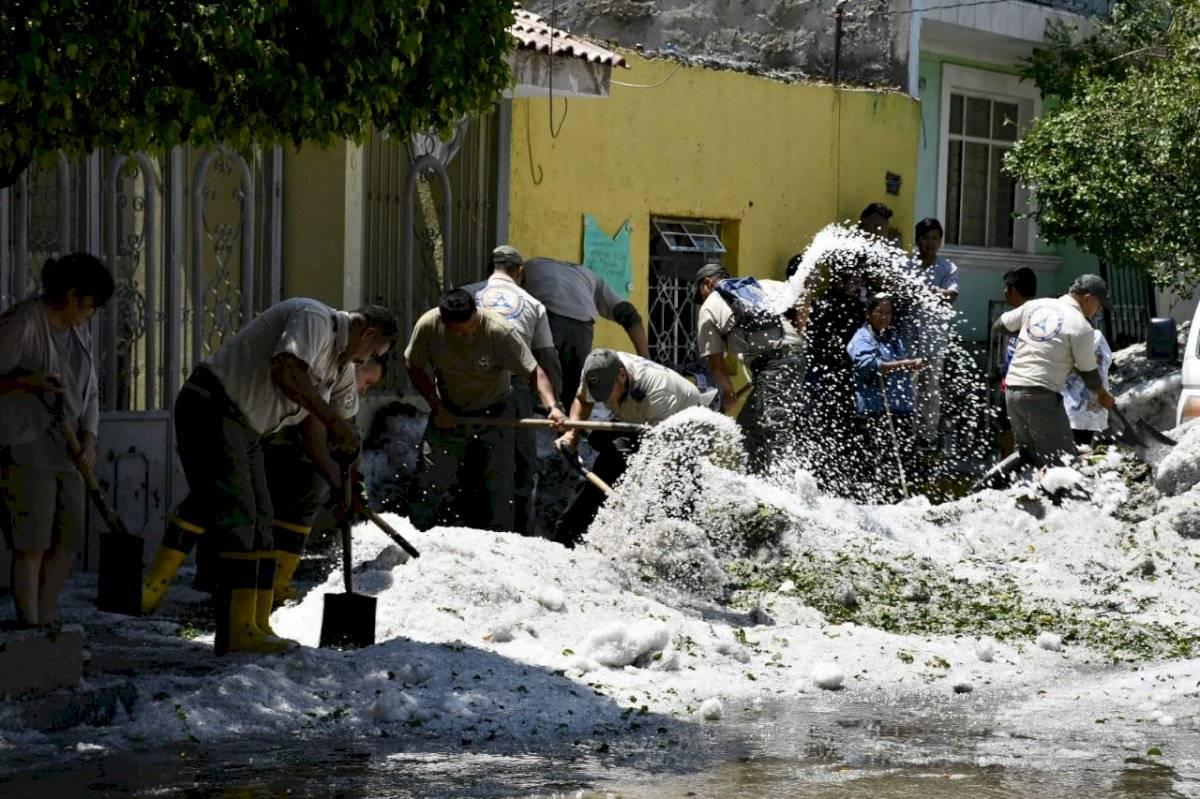 Granizo causa daños en 457 viviendas en Guadalajara y Tlaquepaque