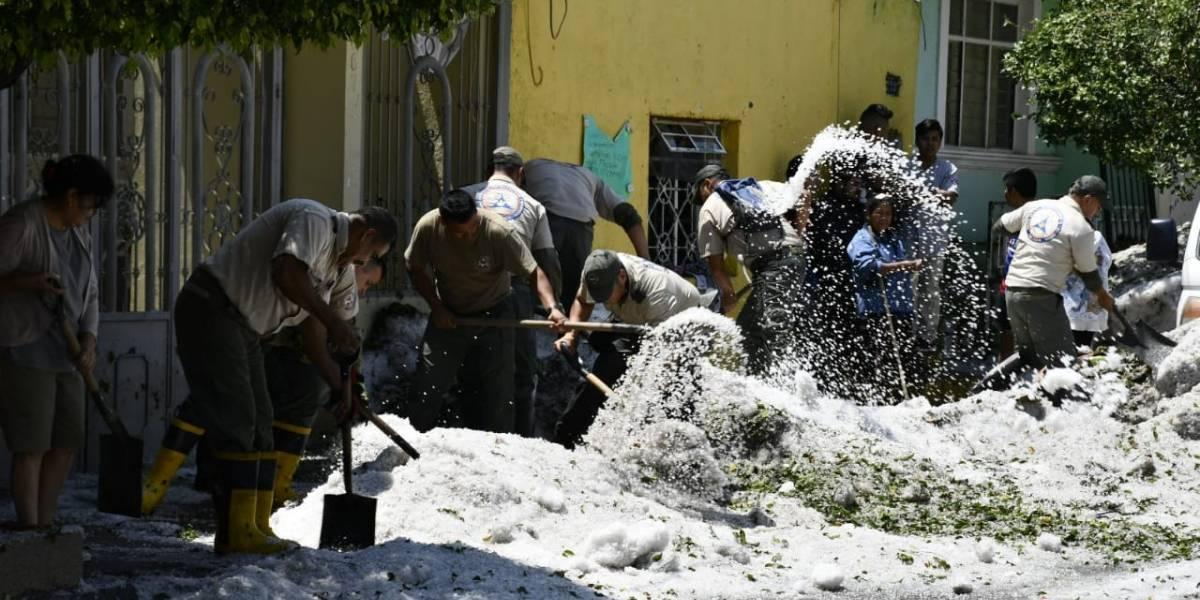 Suman ya casi medio millar de casas dañadas por granizada en Guadalajara y Tlaquepaque