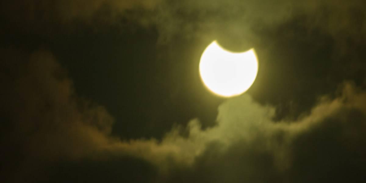 ¿Las nubes nos dejarán disfrutar del eclipse solar? Revisa el pronóstico del tiempo para el día más esperado del año en Chile