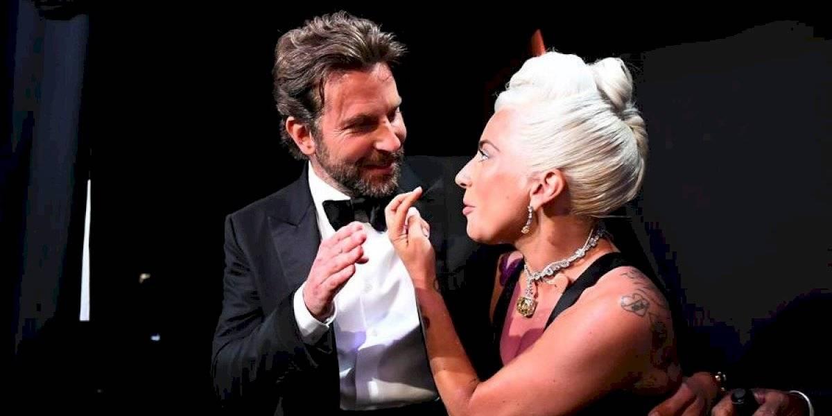 Revista asegura que Lady Gaga está embarazada de Bradley Cooper