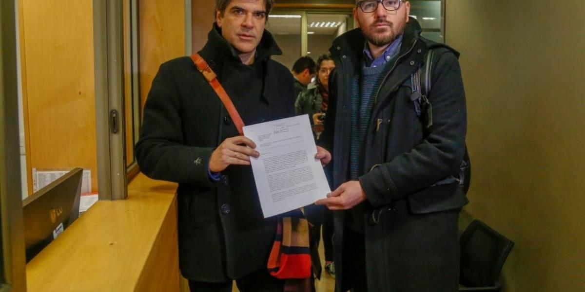 Diputados Giorgio Jackson y Gonzalo Fuenzalida acusan a Glovo y Pedidos YA de repartición de mercado