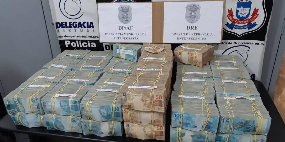 Piloto italiano é preso com R$ 4,6 milhões em avião no MT