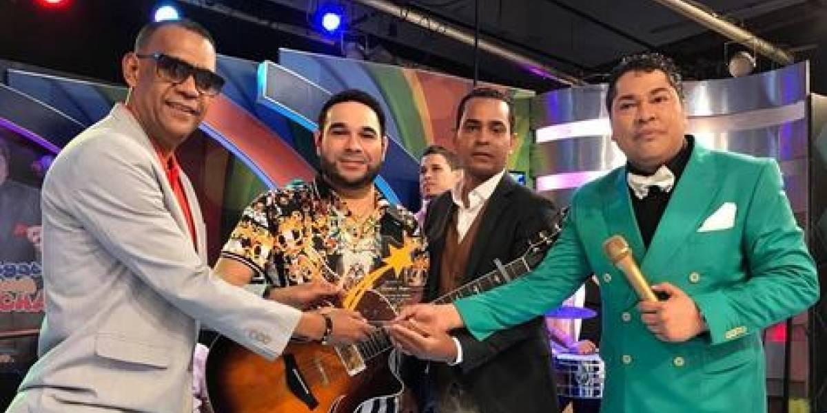 """El Chaval"" revela contactó artistas para disco de Romeo"