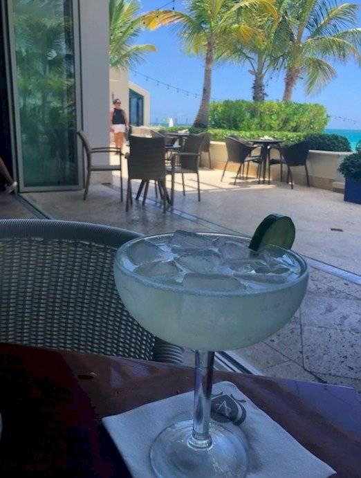 Una de las margaritas de Tacos y Tequila.