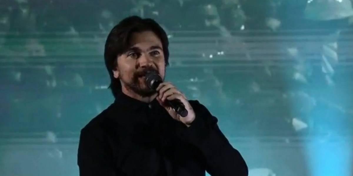 """Juanes salió de dolorosa cirugía y compartió una foto hablando de su """"achaque"""""""