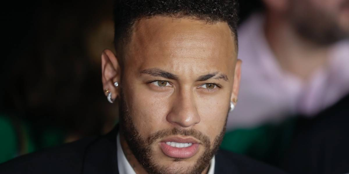 Policía pide prórroga para investigar denuncia por violación contra Neymar