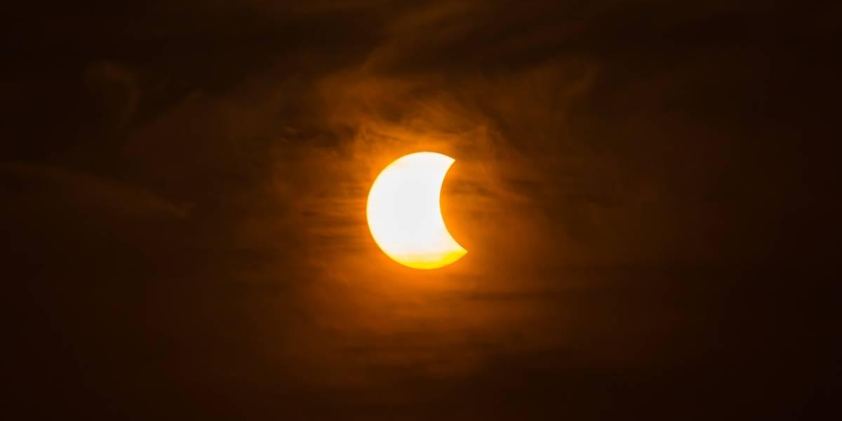 Eclipse solar en Ecuador: ¿Cómo verlo sin dañar los ojos?