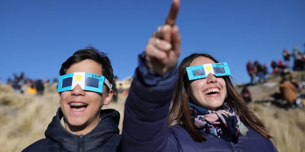 Memes del Eclipse Solar 2019: En redes no perdonaron el fenómeno astral