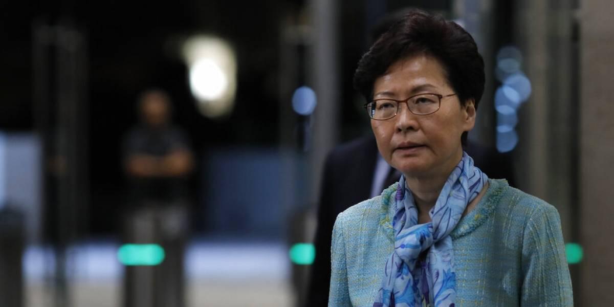 China apoya a la jefa de Hong Kong y culpa a manifestantes