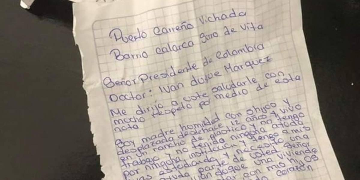 Carta que mujer le escribió a Duque terminó tirada en un baño