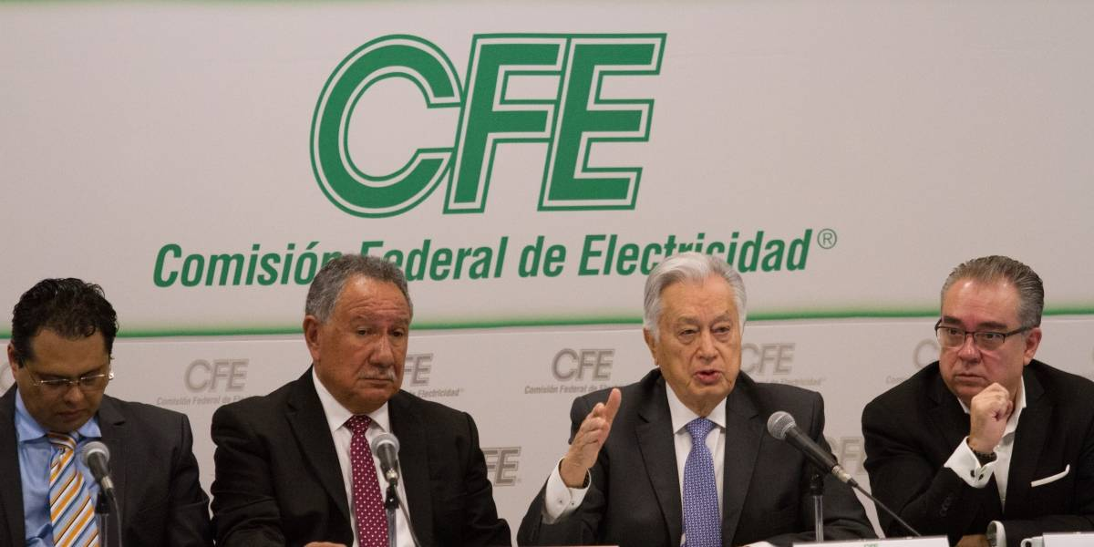 """CFE """"no va a perder"""" ante constructoras de gasoductos con contratos leoninos"""