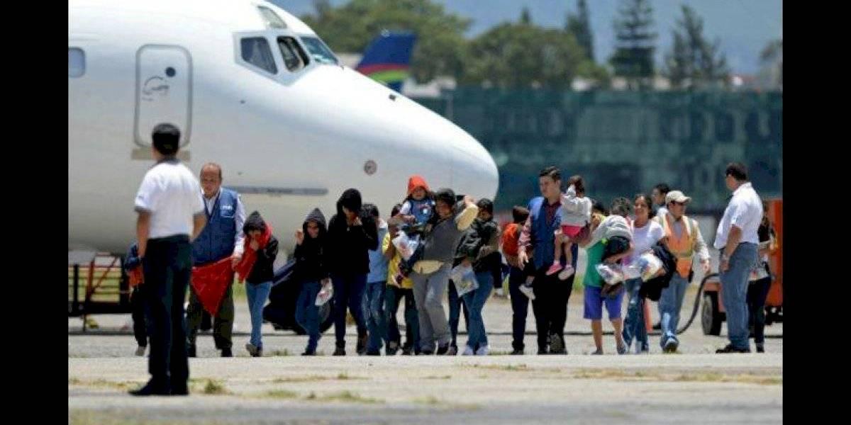 Llegan al país los últimos vuelos del año con retornados de EE. UU.