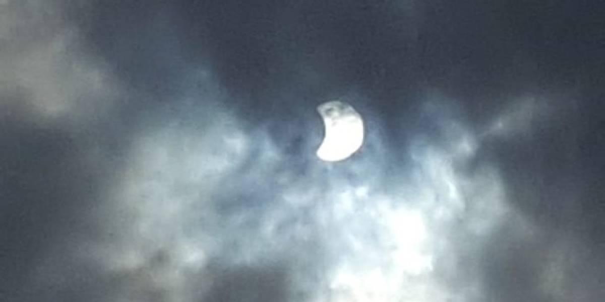 Las primeras imágenes del eclipse solar en Ecuador y el mundo