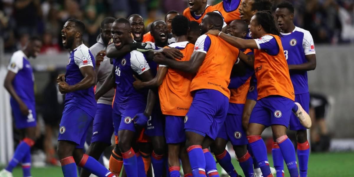 Haití pone en juego ante el Tri sus uniformes regalados