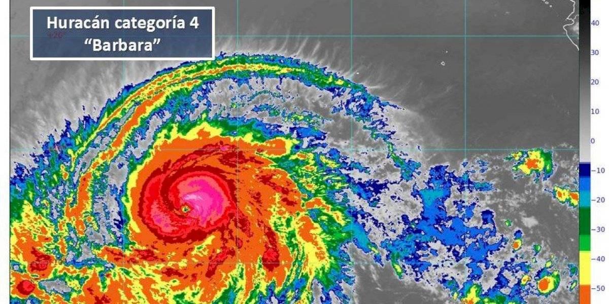 Bárbara se intensifica a huracán categoría 4