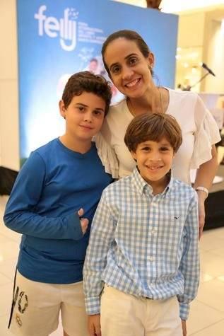 Rodrígo Linera, Sandra Espaillat y Juan Diego Toral.