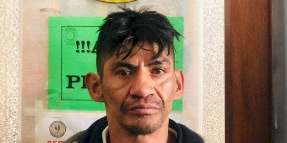 Preso boliviano se vuelve viral tras escapar de la cárcel por su delgadez: es tan flaco que logró pasar entre los barrotes de la celda