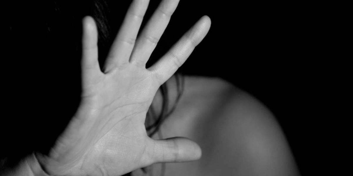 Mujer fue chantajeada y obligada a prostituirse por su pareja en club nocturno de Quito