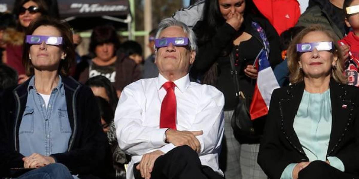 Turismo astronómico a las pailas: Científica de Stanford vivió el peor eclipse posible gracias al presidente Piñera