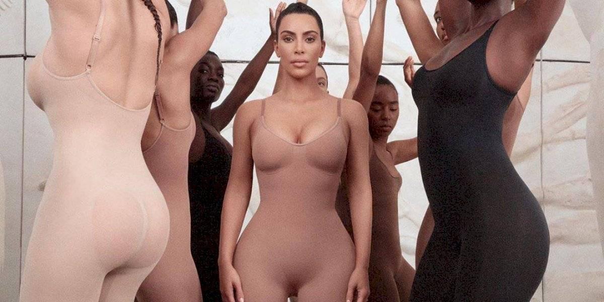 A linha de roupas íntimas de Kim Kardashian que criou debate diplomático entre EUA e Japão