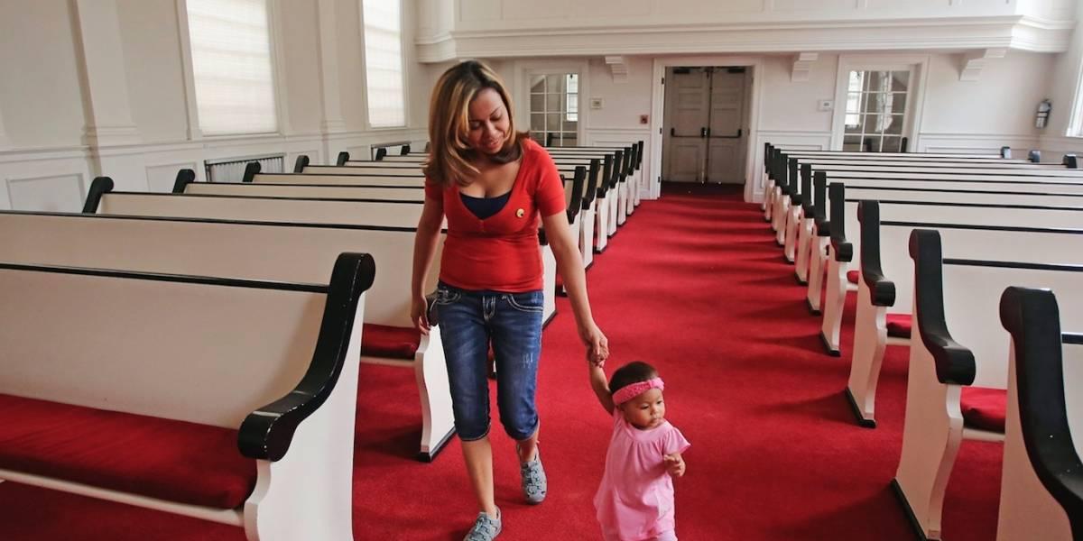 EEUU podría multar a migrantes que se refugien en iglesias