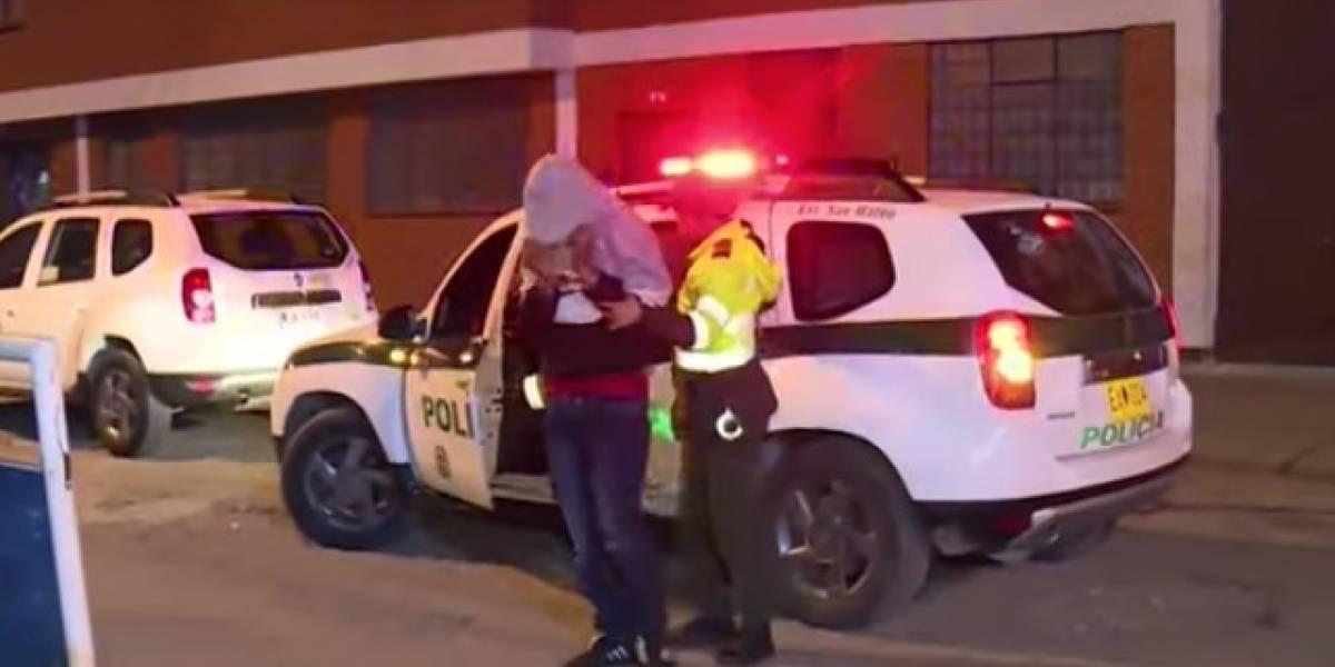 Delincuente atacó a una mujer con arma blanca dentro de estación de TransMilenio