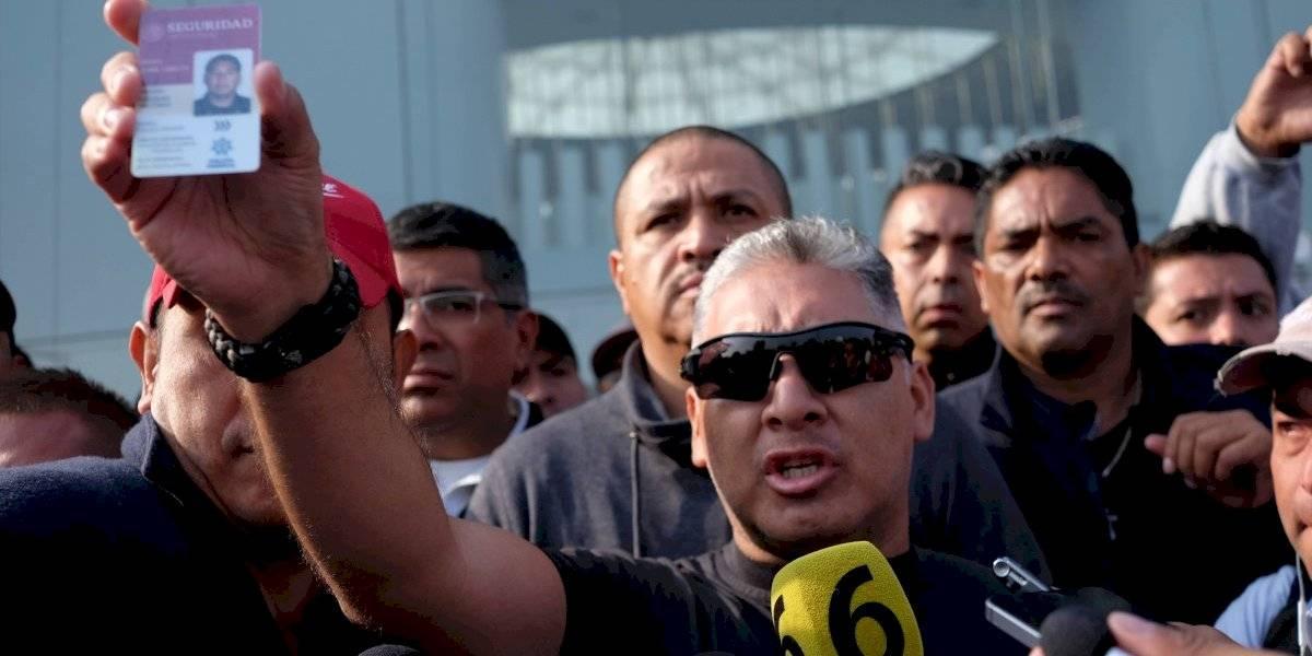 """""""Ni corrupción, ni 'mano negra'"""" responden policías federales a AMLO"""