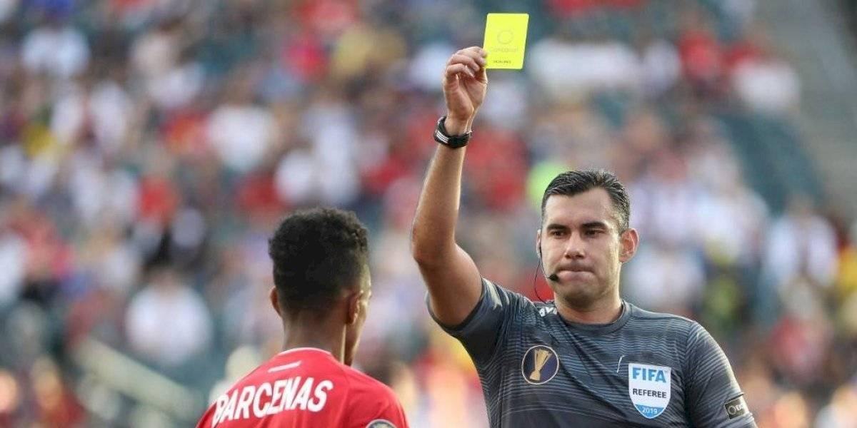 El árbitro guatemalteco Mario Escobar dirá presente en la final de Copa Oro