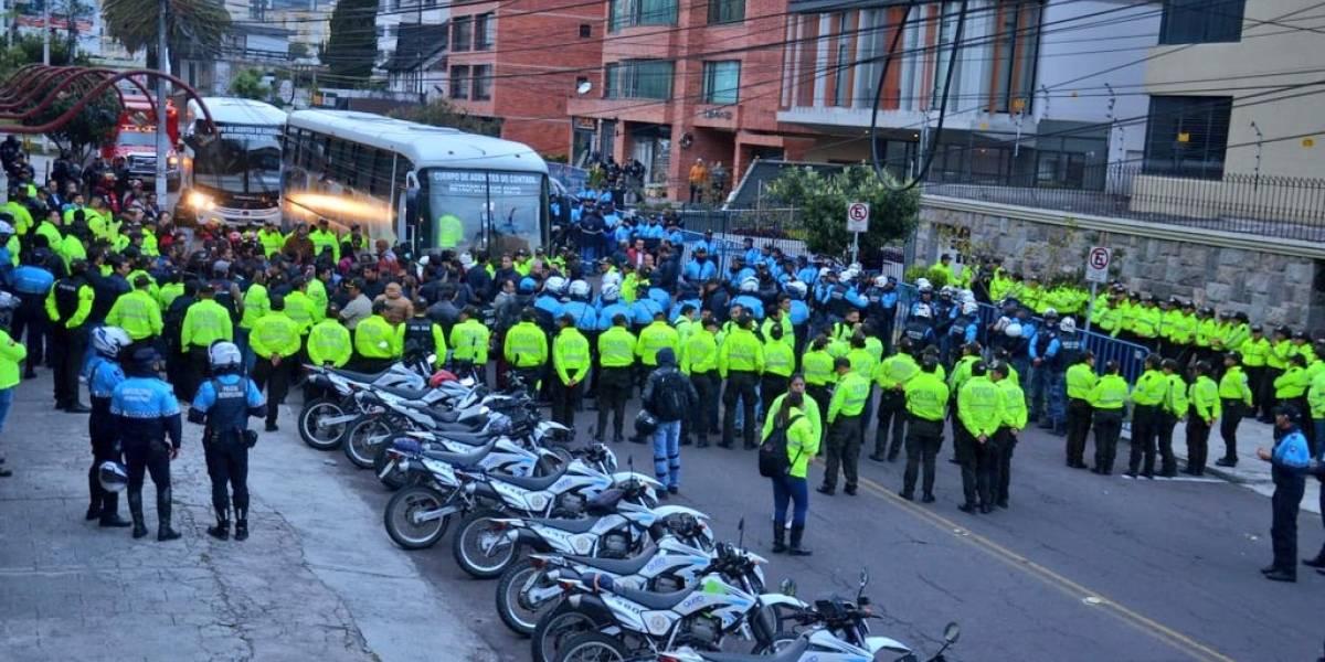 Quito: Alrededor de 80 personas fueron retiradas de la calle Whymper