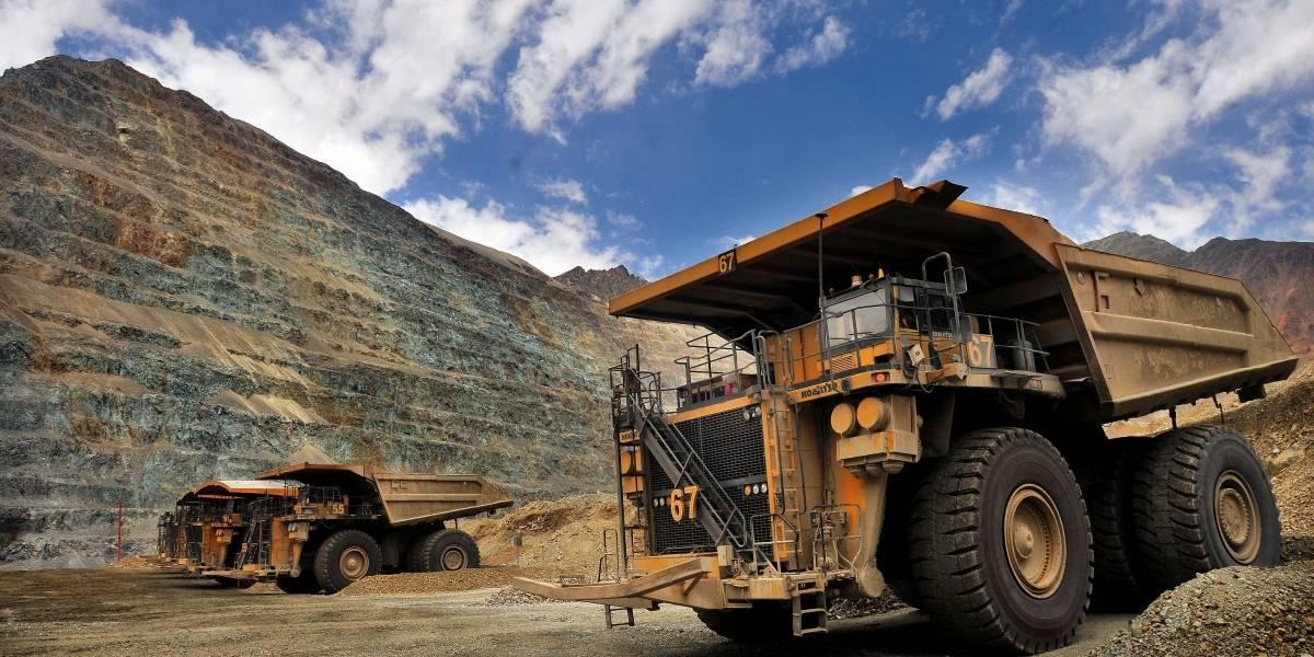 Nueva jornada negra para el cobre: vuelve a cerrar semana con un fuerte retroceso