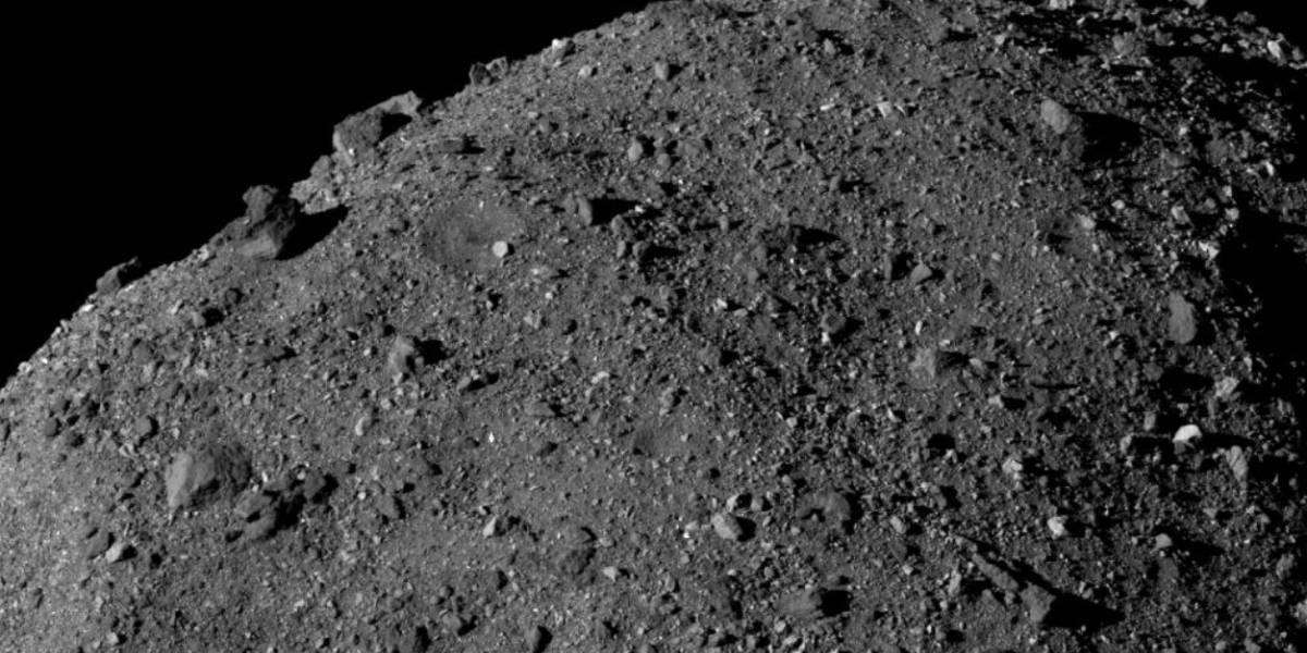 NASA revela novo arquivo que mostra superfície do gigantesco asteroide Bennu