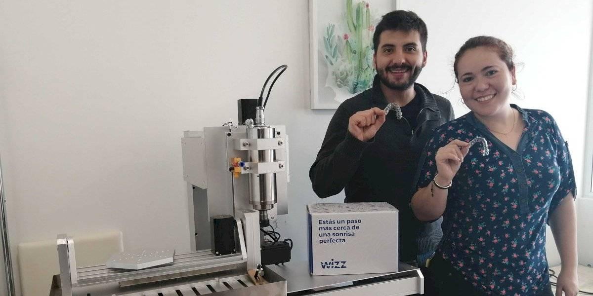 """En base a tecnología de impresión 3D: ingeniero chileno creó los """"frenillos invisibles"""" a bajo costo"""