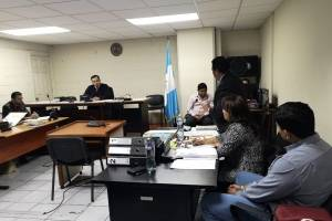 inicia juicio contra Jabes Meda